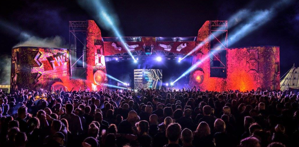 Second stage Downs2017 bristol In association with Love International